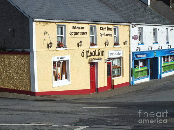 Photograph - O'faolains Pub In Stradbally by Val Byrne