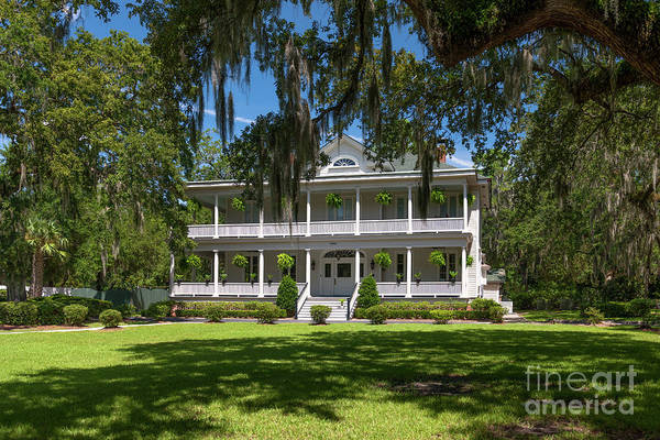 Photograph - Officers Quarters On The Old Navy Base North Charleston Sc by Dale Powell