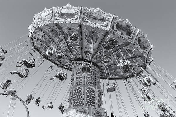 Photograph - Ohio State Fair Wave Swinger II by Clarence Holmes