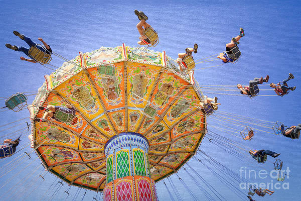 Photograph - Ohio State Fair Wave Swinger Vi by Clarence Holmes