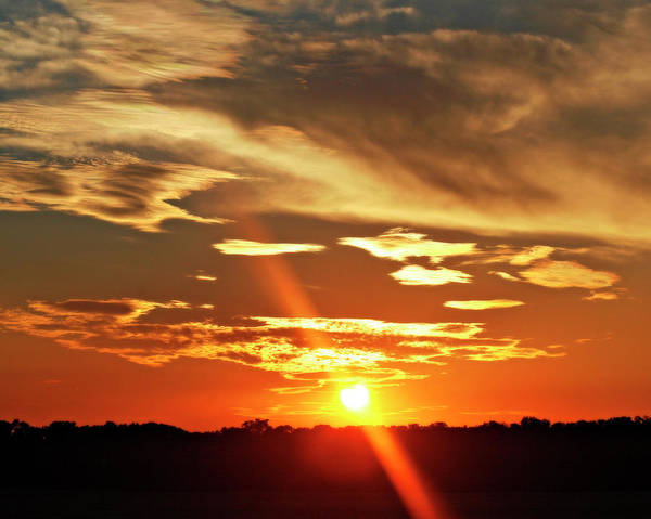 Photograph - Oklahoma Sunsets by CE Haynes