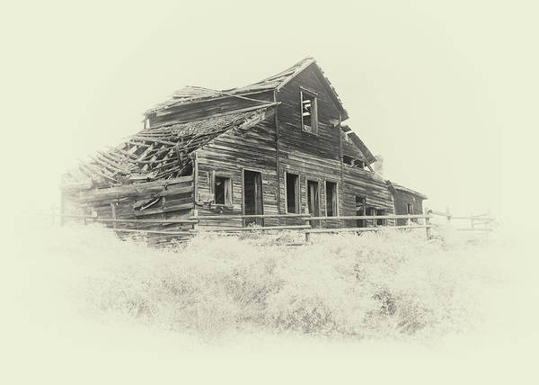 Photograph - Old Barn Near Osoyoos by Doug Matthews
