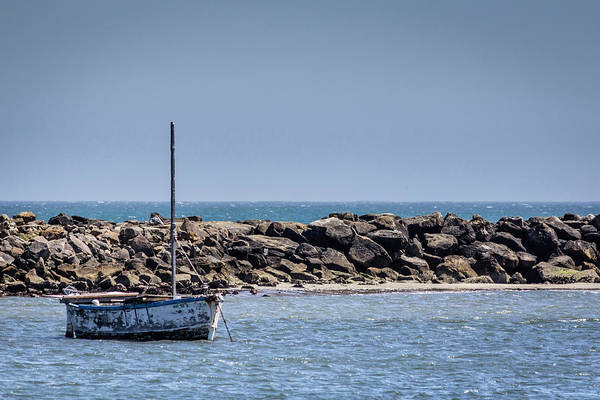 Old Boat - Half Moon Bay Art Print