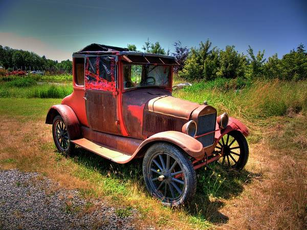 Photograph - Old Car 1 by Lawrence Christopher