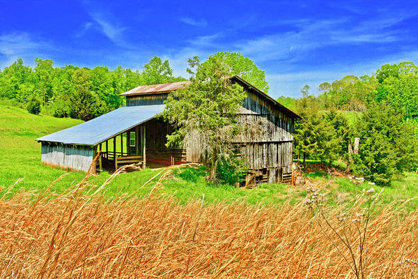 Photograph - Old Country Barn by The American Shutterbug Society