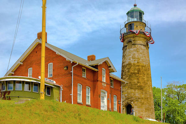 Photograph - Old Fairport Harbor Ohio Lighthouse by Jack R Perry