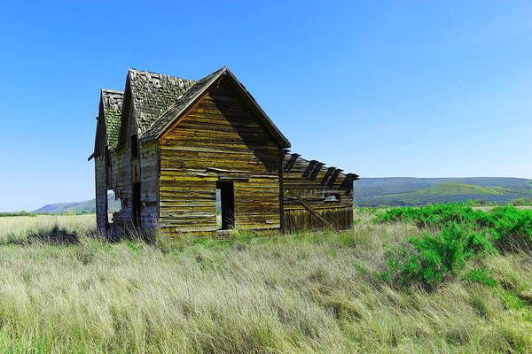 Swan Valley Photograph - Old Farm House  by Jeff Swan