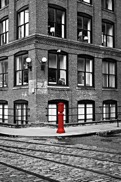 Wall Art - Photograph - Old Fire Hydrant In Dumbo Brooklyn by Randy Aveille
