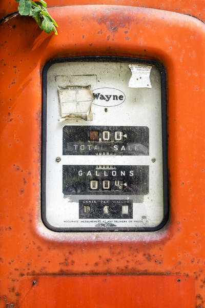 Photograph - Old Gas Pump by Tom Singleton