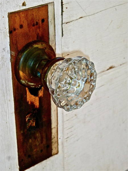 Photograph - Old Glass Doorknob by Diana Hatcher