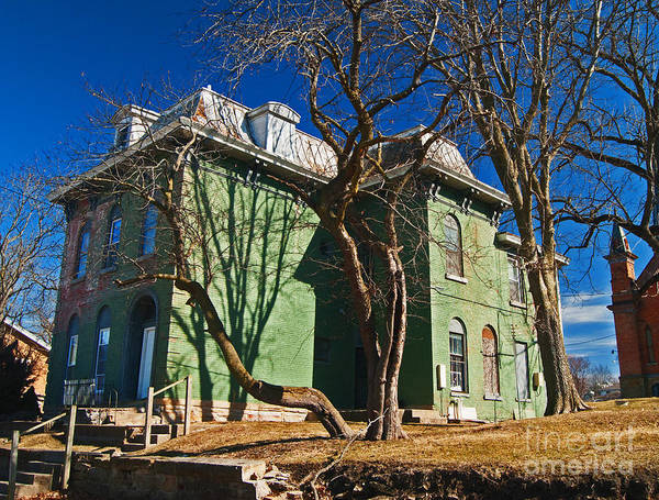 Photograph - Old House by George D Gordon III