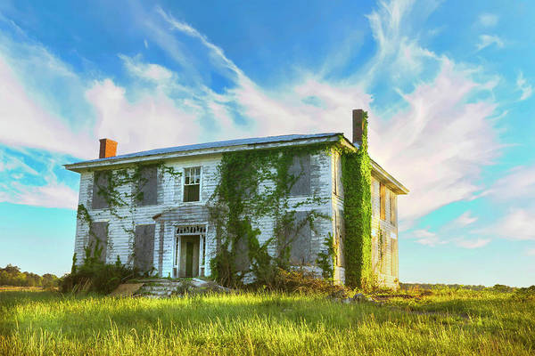 Photograph - Old House In Isle Of Wight Virginia by Ola Allen