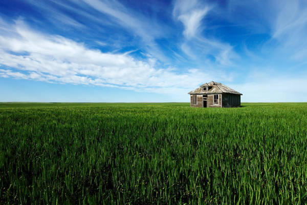 Photograph - Old House On Amos Trail by Todd Klassy