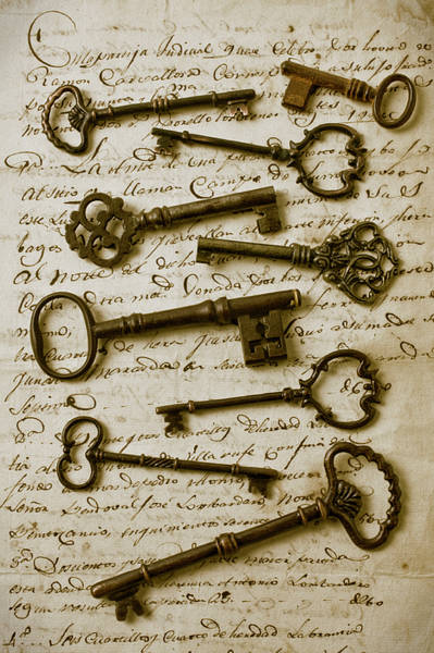 Skeleton Key Photograph - Old Keys On Letter by Garry Gay