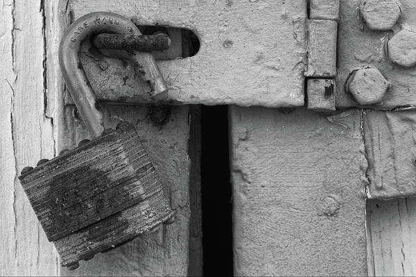 Wall Art - Photograph - Old Lock And Latch by Richard Rizzo