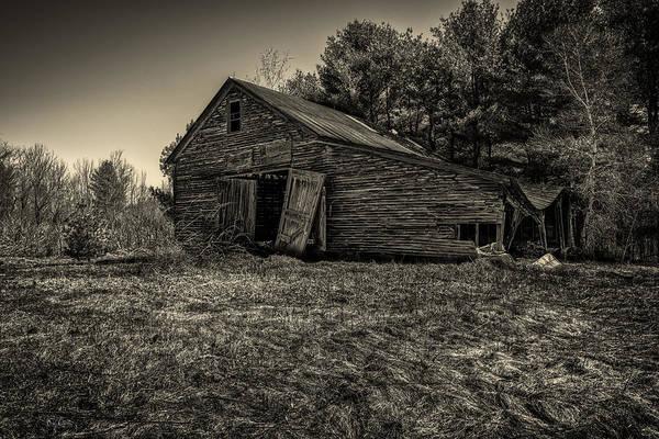 Photograph - Old New England Barn by Bob Orsillo