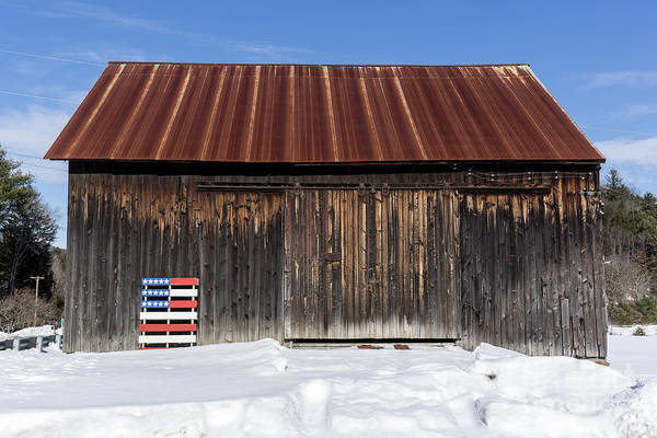 Pallet Wall Art - Photograph - Old New England Barn With American Flag Pallet  by Edward Fielding