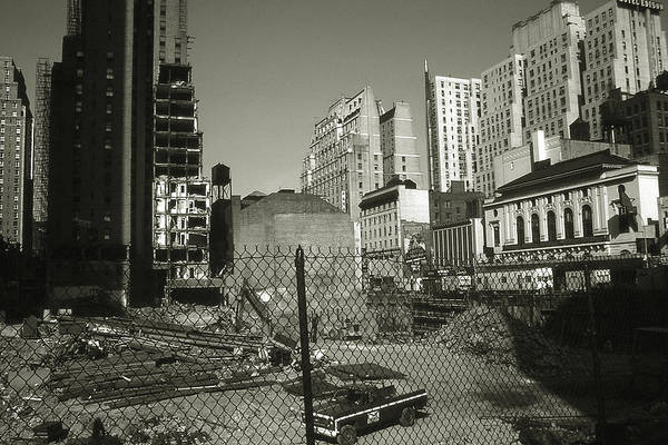 Photograph - Old New York Photo - Manhattan Construction Site by Peter Potter