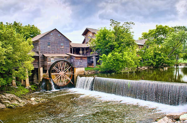 Whitewater Falls Photograph - Old Pigeon Forge Mill by Scott Hansen