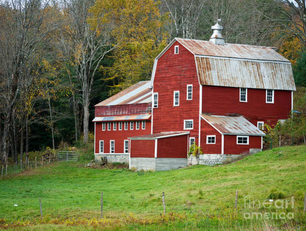 New England Barn Photograph - Old Red Vermont Barn by Edward Fielding