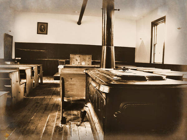 Photograph - Old School Interior by Scott Hovind