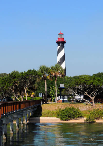 Saint Augustine Florida Photograph - Old St. Augustine Light by Gordon Beck