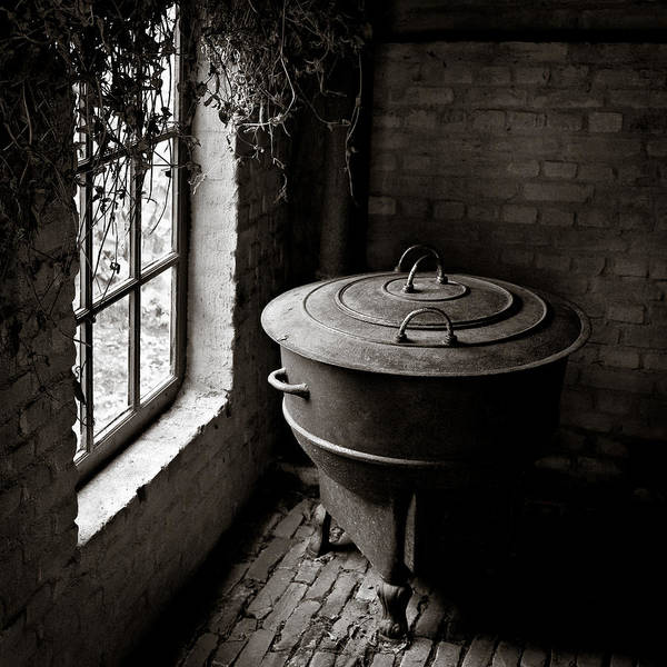 Photograph - Old Stove by Dave Bowman