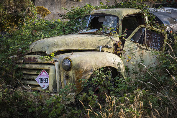 Photograph - Old Tanker Truck by Robert Potts