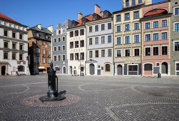 Tenement Photograph - Old Town Square And Houses In Warsaw by Artur Bogacki