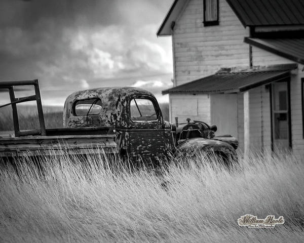 Photograph - Old Truck At Farmhouse by William Havle