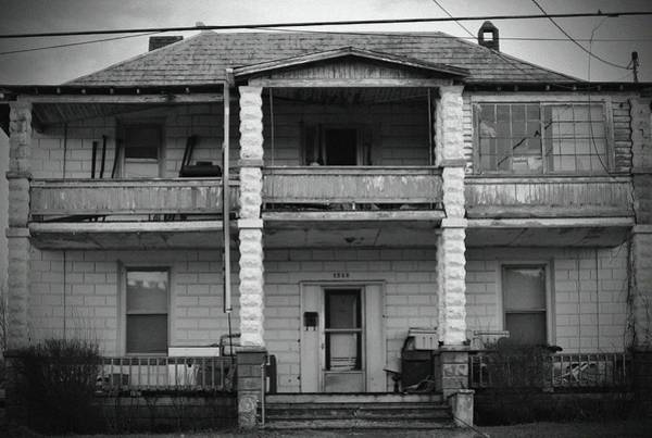 Photograph - Old Two Story Home by Cynthia Guinn