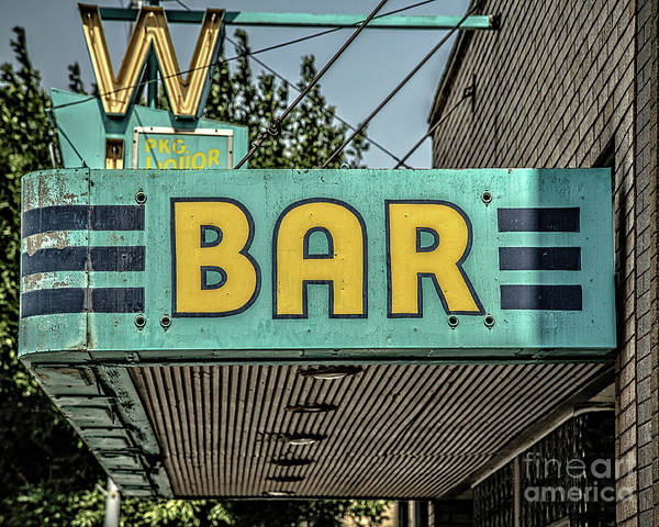Vintage Neon Sign Photograph - Old Vintage Bar Neon Sign Livingston Montana by Edward Fielding