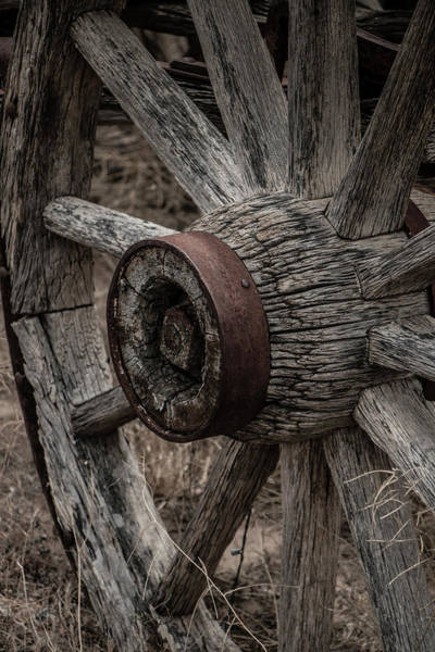 Photograph - Old Wagon Wheel by Teresa Wilson