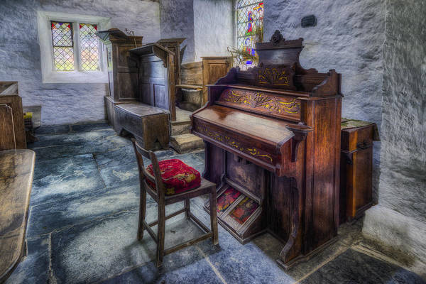 Player Piano Photograph - Olde Church Organ by Ian Mitchell