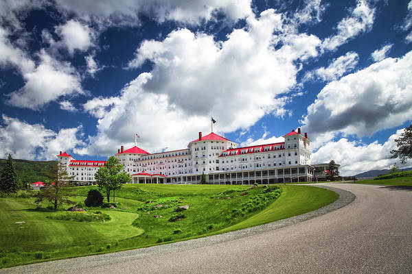 Photograph - Omni Mount Washington Hotel by Robert Clifford
