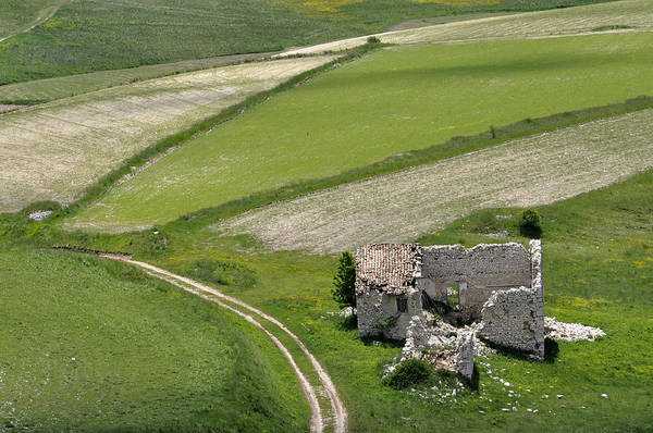 Photograph - Parko Nazionale Dei Monti Sibillini, Italy 10 by Dubi Roman