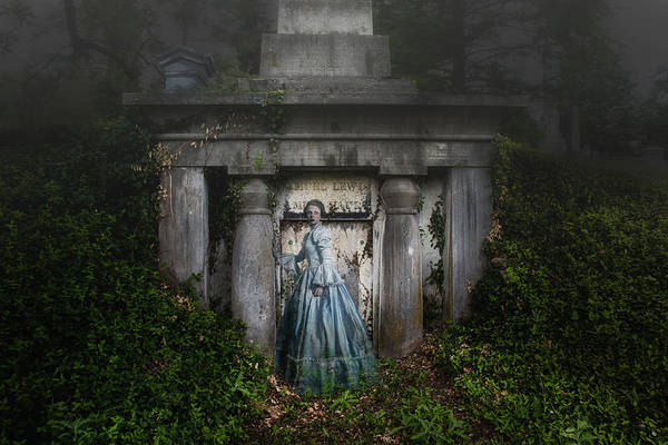 Graveyard Wall Art - Photograph - One Last Look by Tom Mc Nemar