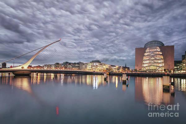 River Liffey Wall Art - Photograph - One Night In Dublin by Evelina Kremsdorf