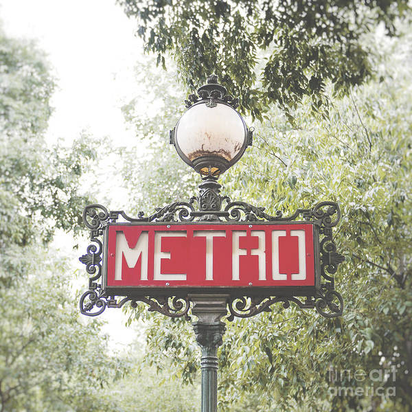 Red Green Photograph - Ornate Paris Metro Sign by Ivy Ho
