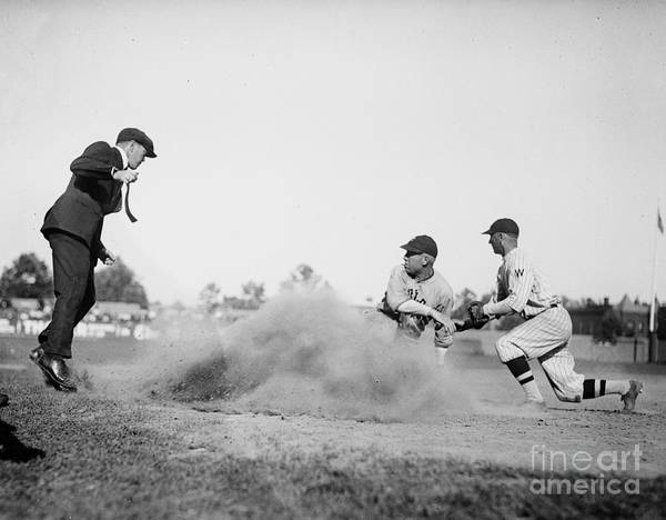 Fielder Photograph - Out by American School