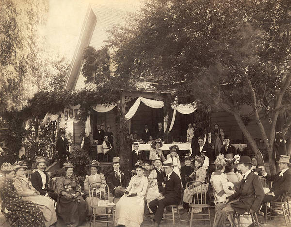 Wall Art - Photograph - Outdoor Garden Party by Underwood Archives