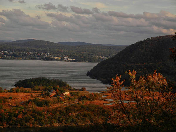 Photograph - Overlooking The Hudson In Autumn by Raymond Salani III