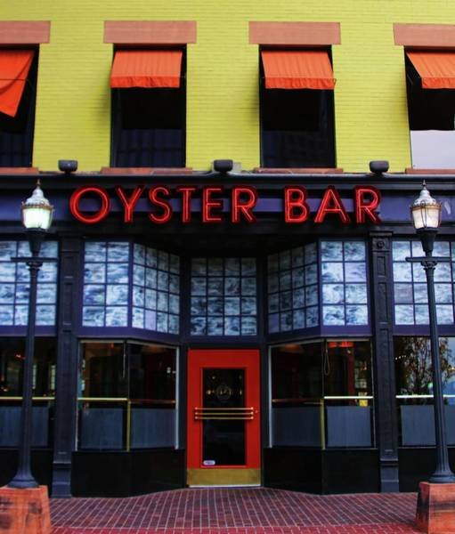 Oyster Bar Wall Art - Photograph - Oyster Bar by Ely Arsha