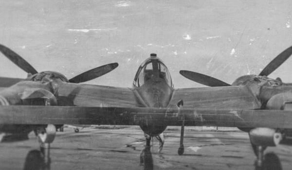 Photograph - P-38 Lightning by Douglas Castleman