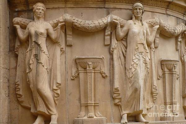 Photograph - Palace Of Fine Arts Ladies by Carol Groenen