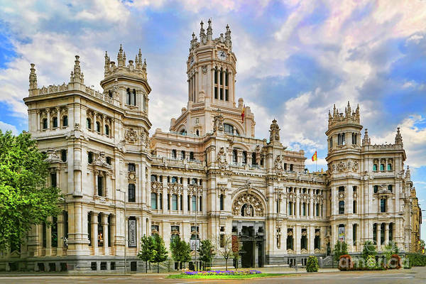 Photograph - Palacio De Cibeles Madrid by Diana Raquel Sainz
