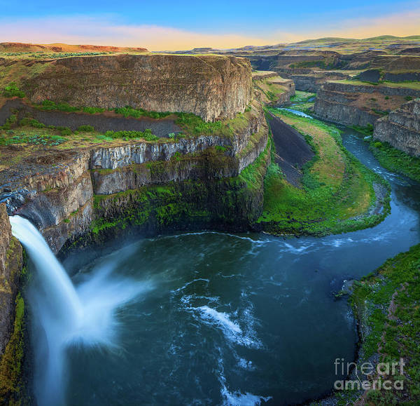 North Country Photograph - Palouse Falls Pool by Inge Johnsson