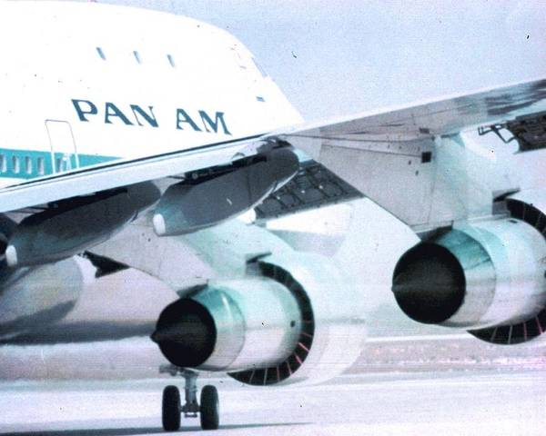 Photograph - Pan Am 747 At Los Angeles International Airport by Jamie Baldwin