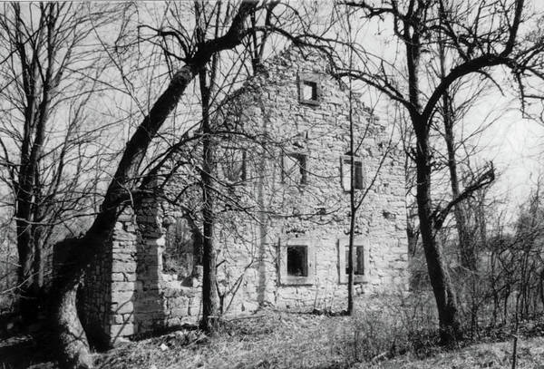 Photograph - Pappenberg Village House by SR Green