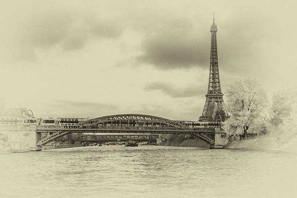 Paris 2 Art Print